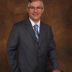Dr Steven P Leon